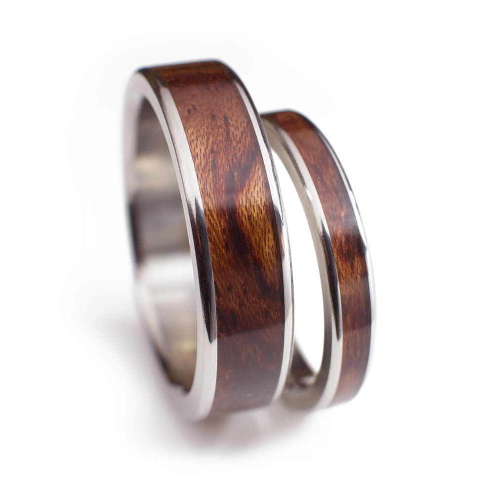 Wood Wedding Ring Set In Bubinga Wood