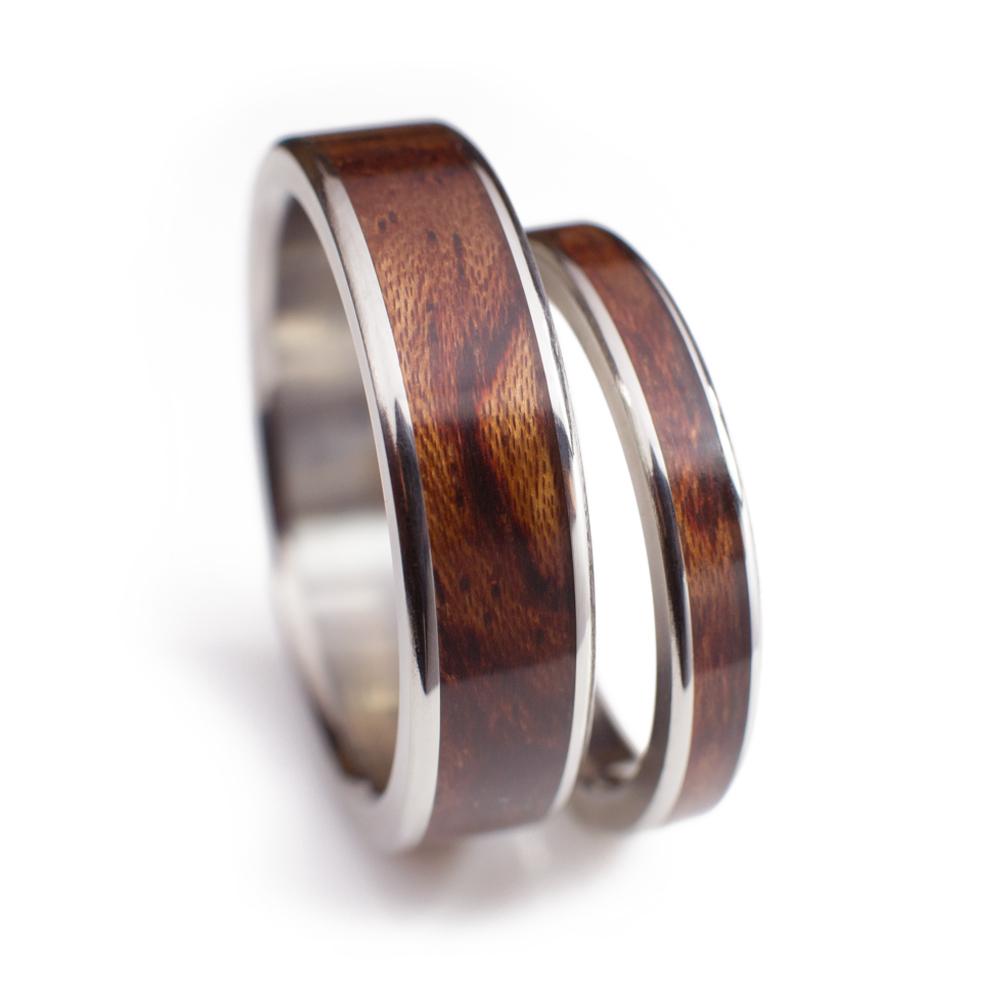 Wood Wedding Rings.Bubinga Wood Wedding Ring Set In Titanium